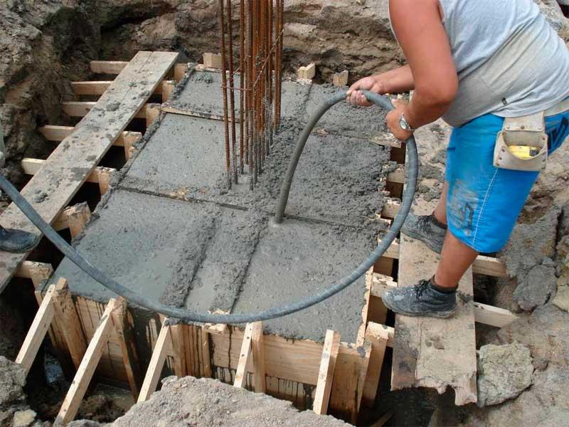 Vibração: adensamento do concreto