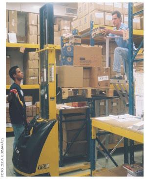 Materiais e equipamentos de trabalho do almoxarife